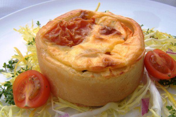 2014-02 Quiche tomaat mozarella 7 cm